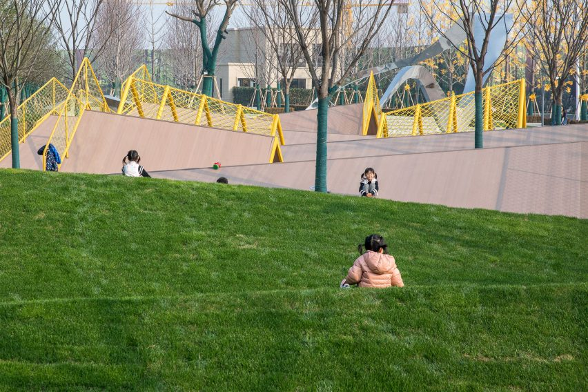 Grass by The Folds by Atelier Scale