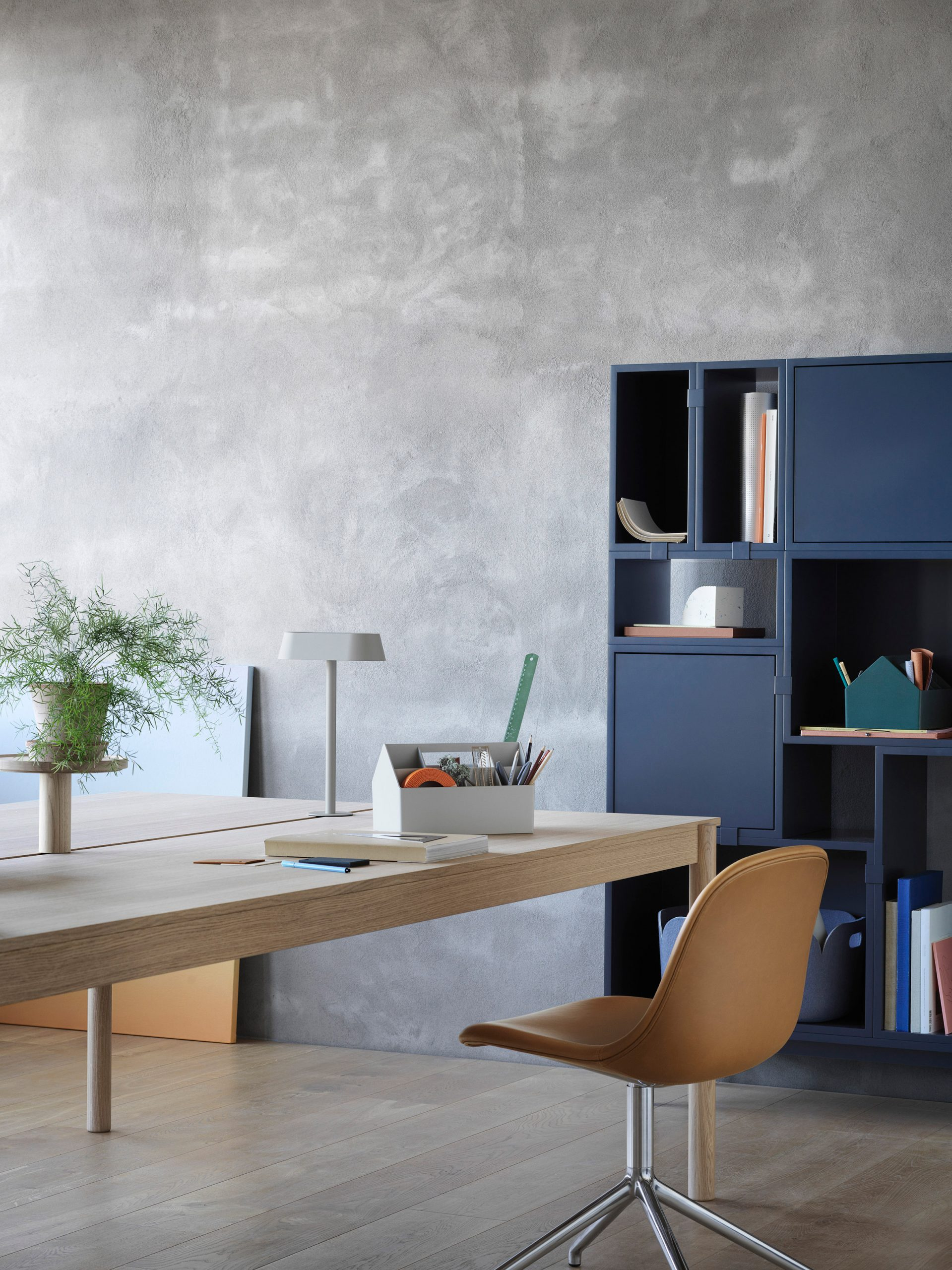 Table and lamp from Thomas Bentzen's The Linear System Series for Muuto