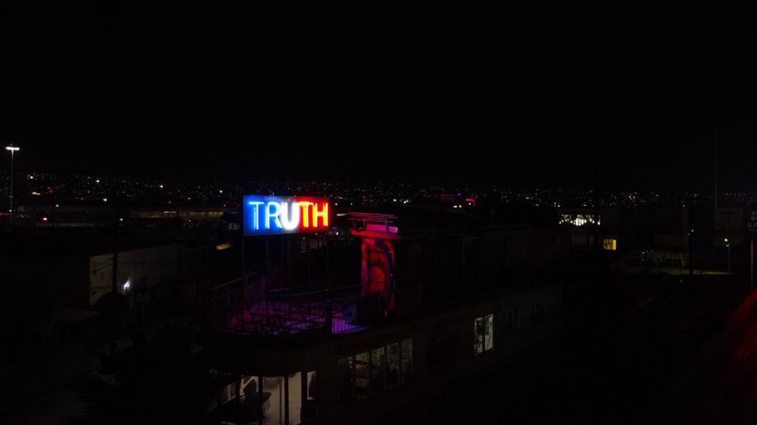 TRUTH/LIE neon lights by Stefan Brüggemann colours of the American flag