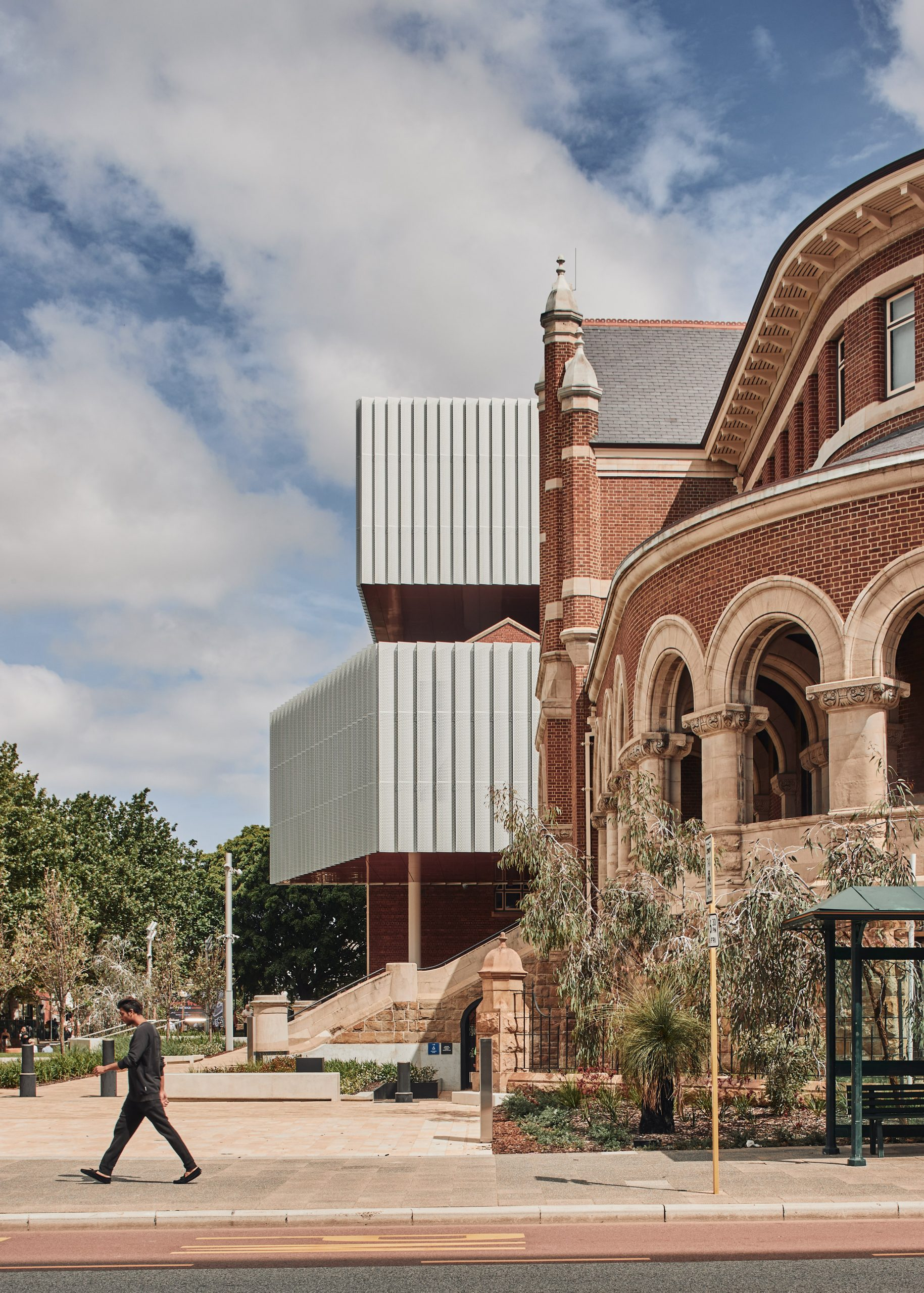 The exterior of WA Museum Boola Bardip by OMA and Hassell