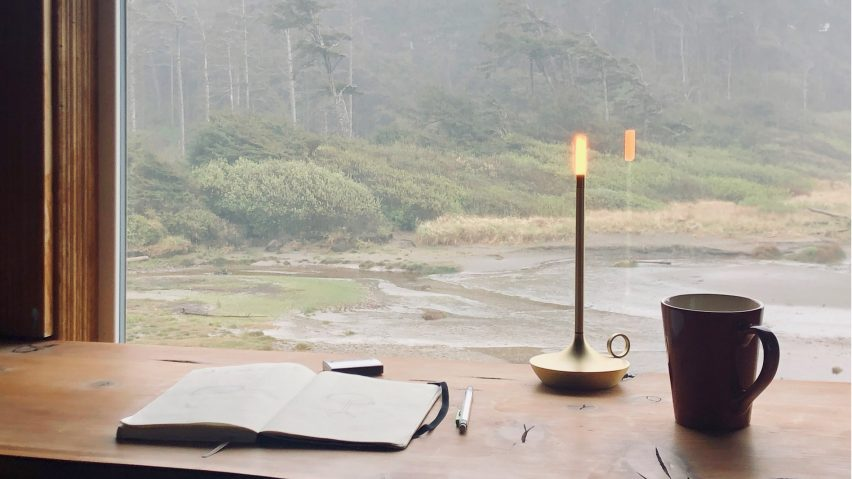 Wick portable lighting fixture and electronic candle by Graypants