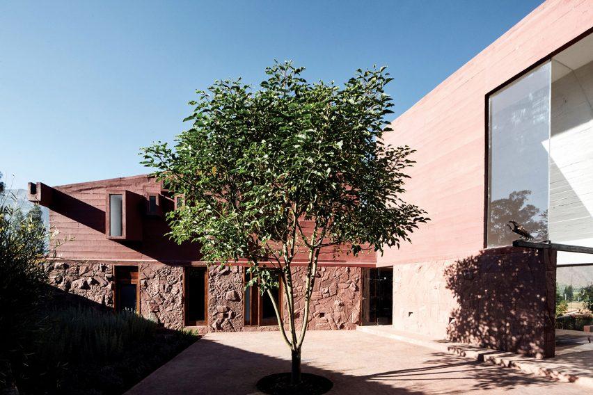 Patio of Casa Huayoccari by Barclay & Crousse