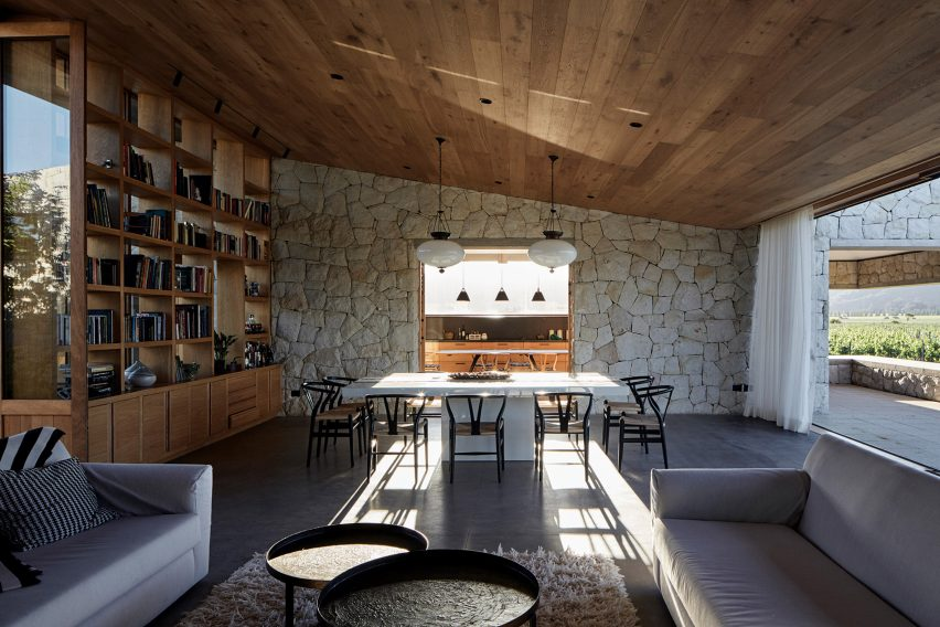 Interior of Casa Tapihue by Matías Zegers Arquitectos