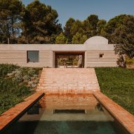 Mesura uses local earthenware tiles for Catalan house and swimming pool