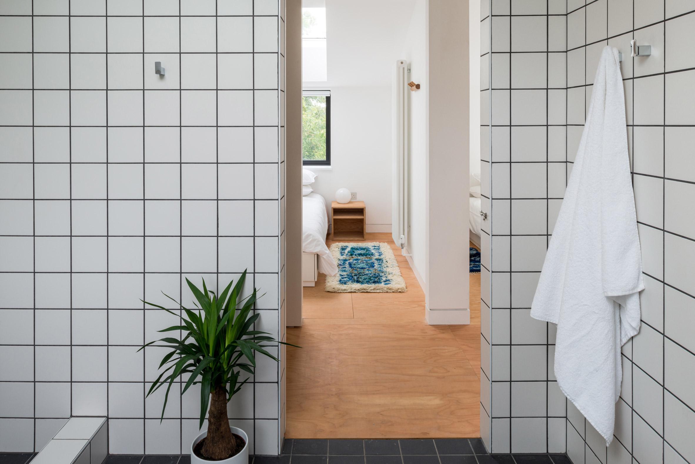 Bathroom in DU18 by Turner Works
