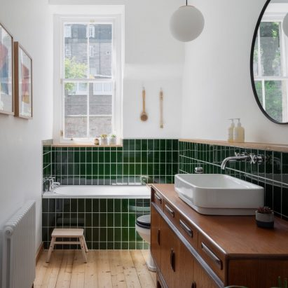 Bathroom in Edinburgh apartment by Luke and Joanne McClelland