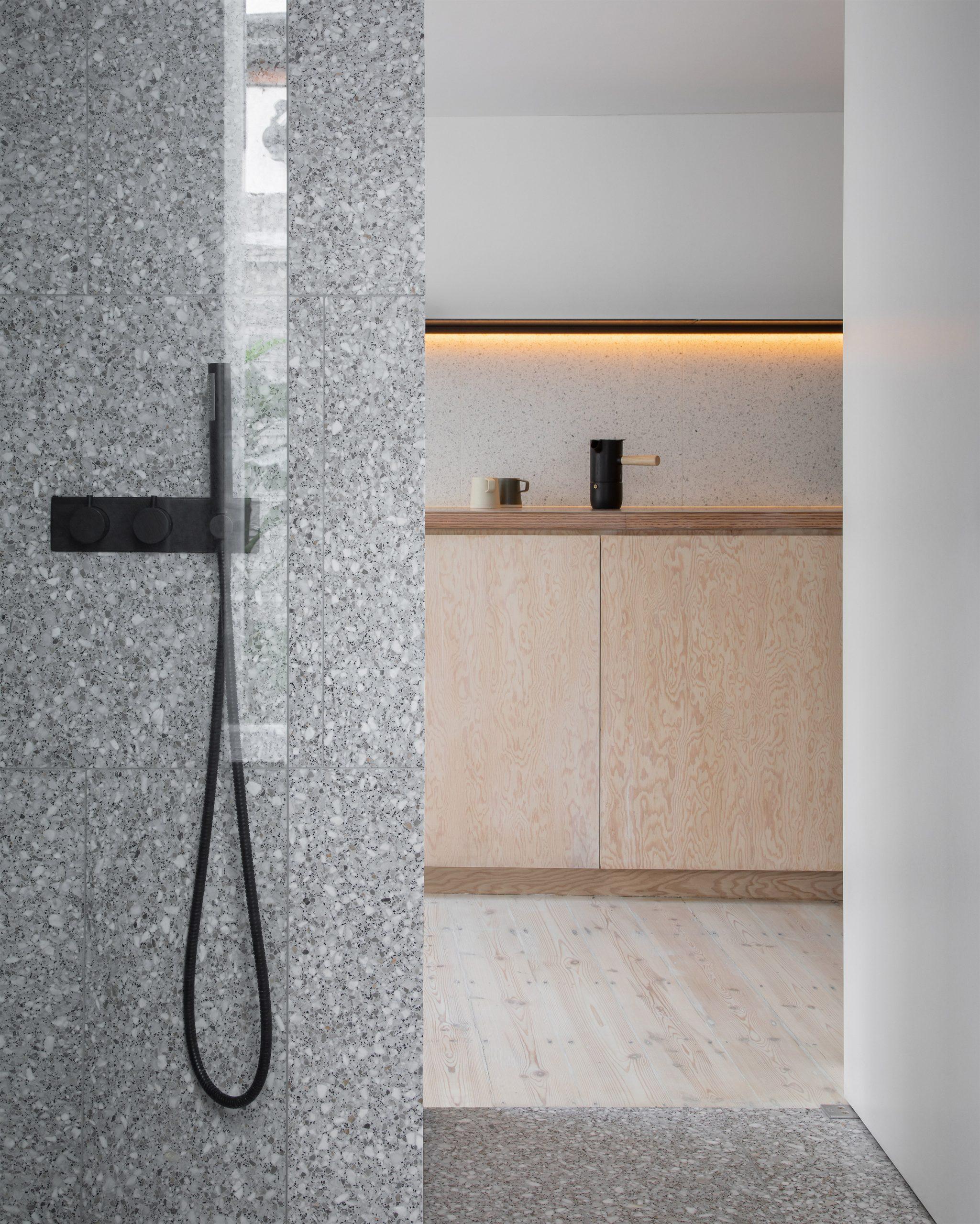 Bathroom of ER Residence by Studio Hallett Ike