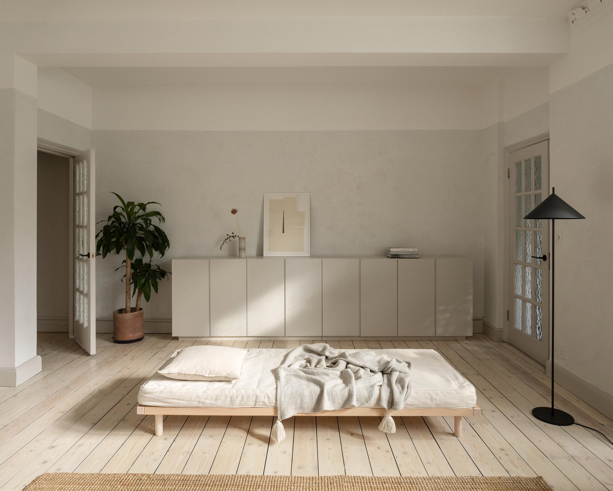 Living area of ER Residence by Studio Hallett Ike