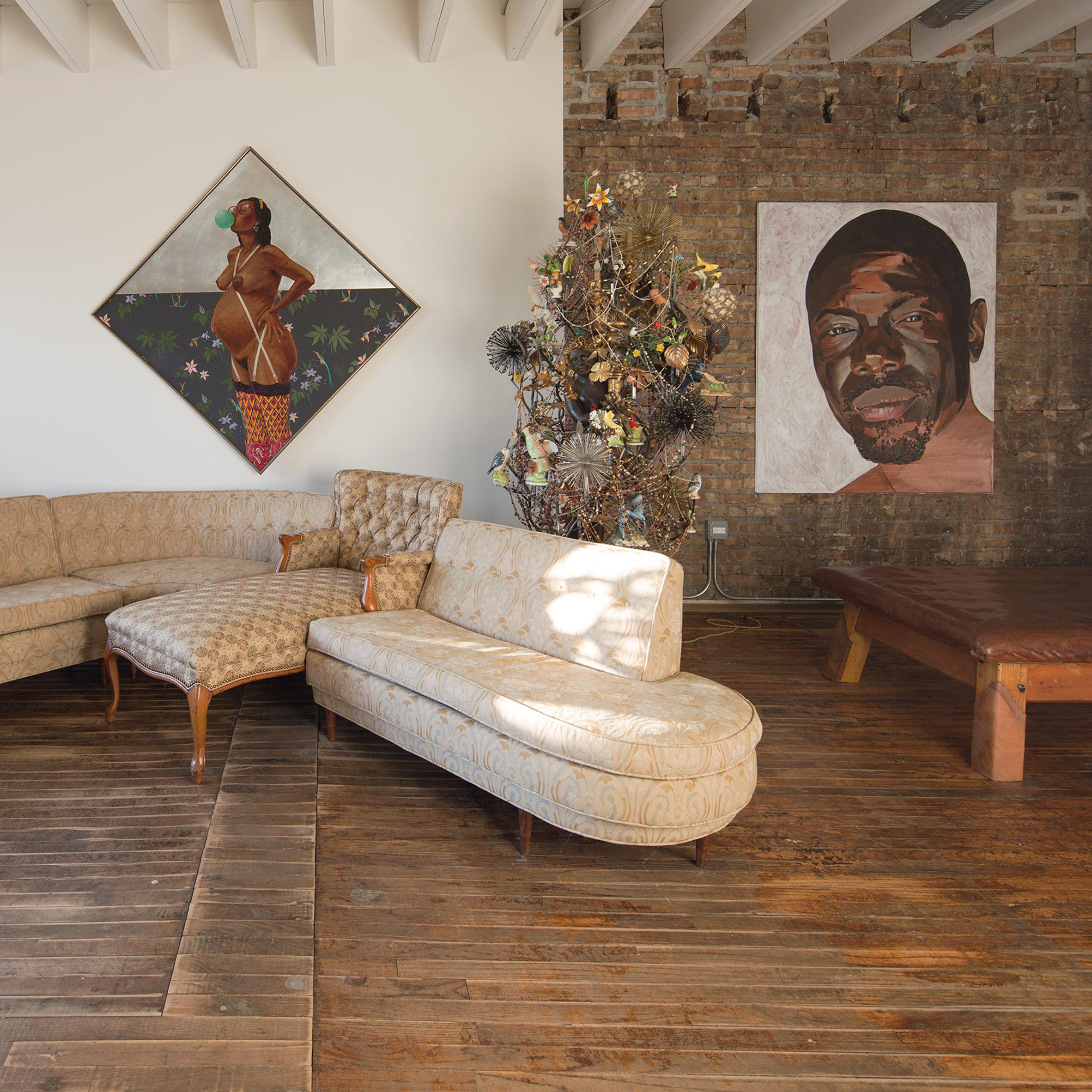 A living area inside Facilty, Chicago, by Carlo Parente