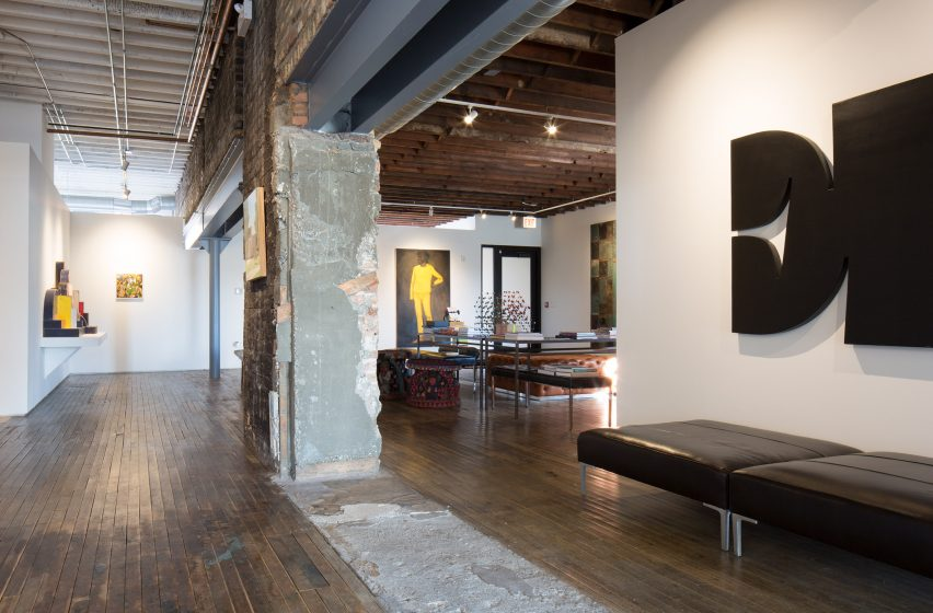A studio inside Facilty, Chicago, by Carlo Parente