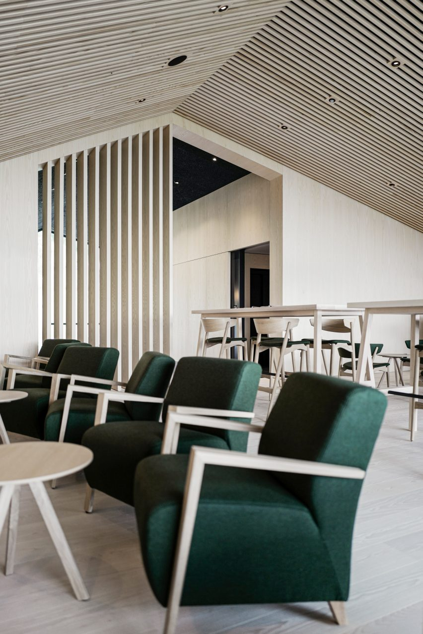 The bar inside of Hotel Milla Montis by Peter Pichler Architecture
