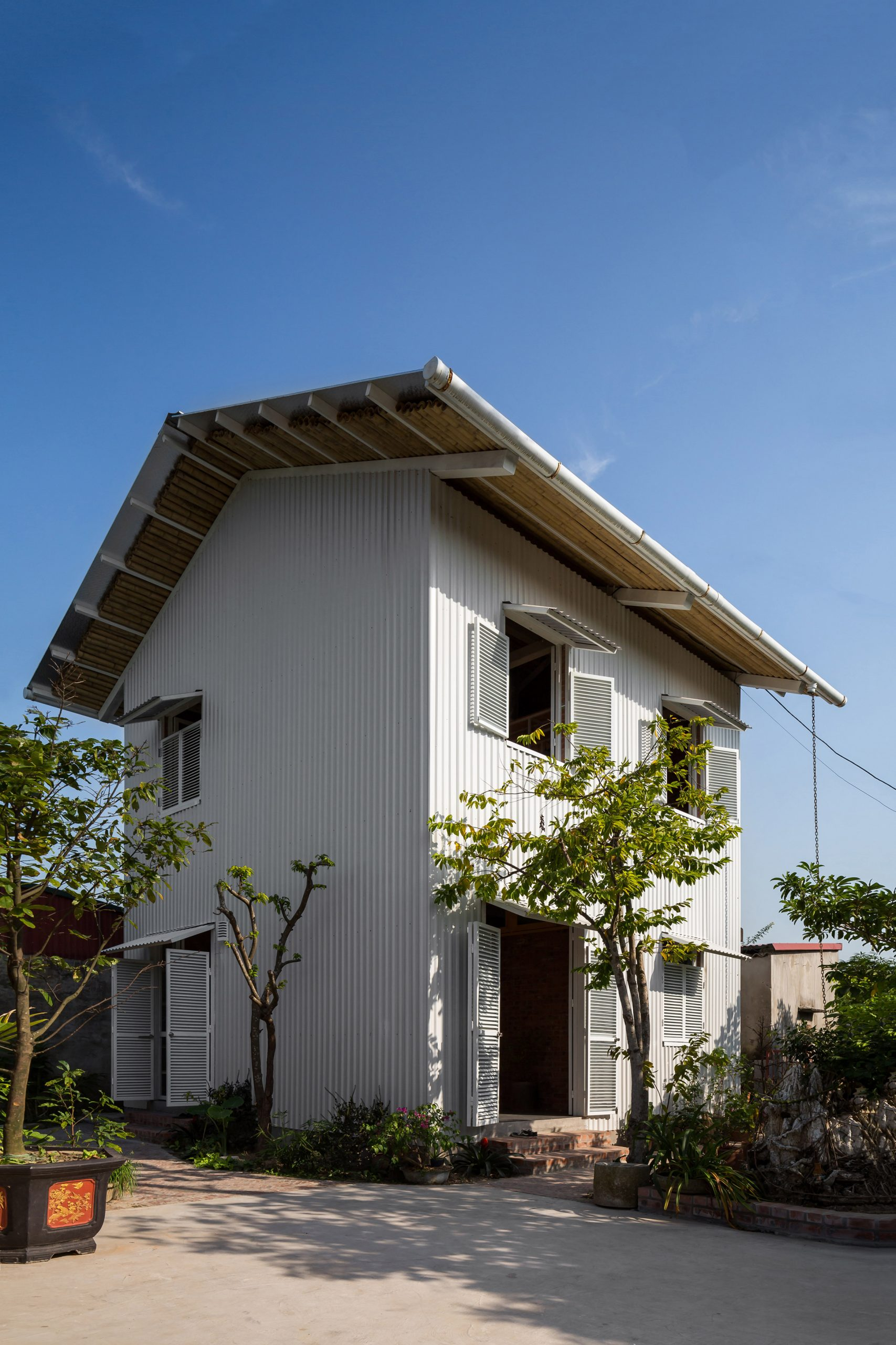 Exterior of HOUSE by H&P Architects