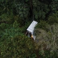 An aerial view of the Huaira cabin by Diana Salvador and Javier Mera in Ecuador