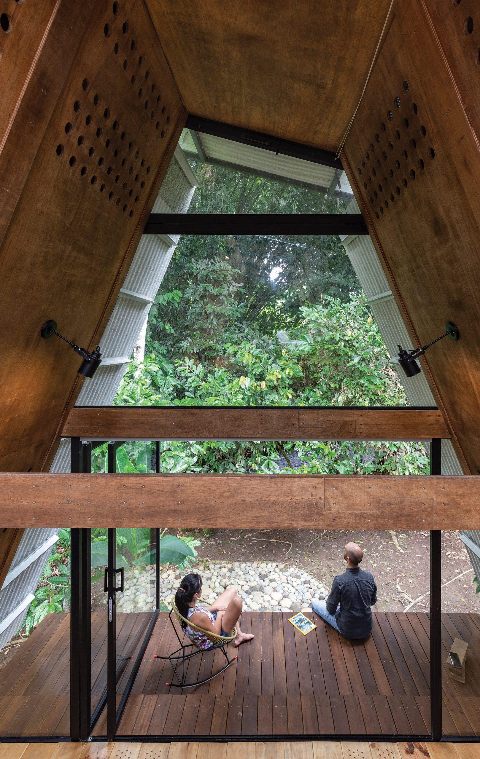 Inside the Huaira cabin by Diana Salvador and Javier Mera in Ecuador
