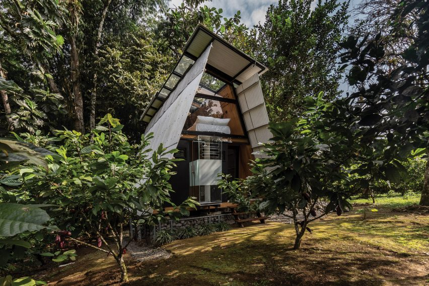The front of the Huaira cabin by Diana Salvador and Javier Mera in Ecuador