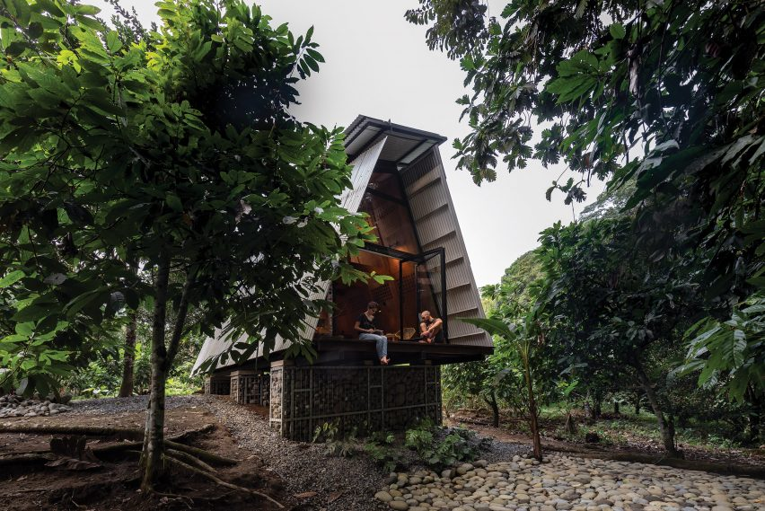 Plywood cabin in Ecuador
