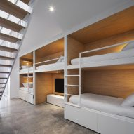 Bunk beds in Le Littoral by Architecture 49