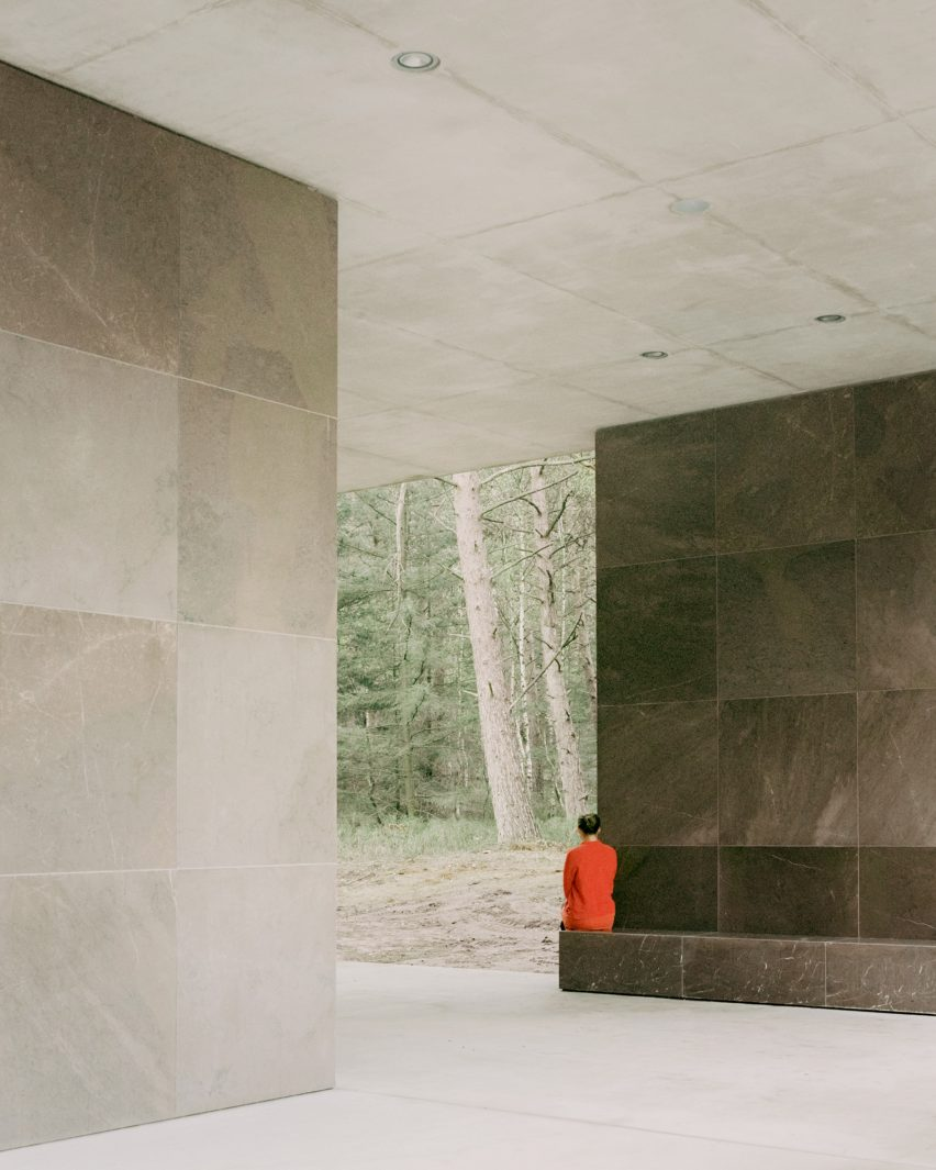 Bench seat at Loenen Pavilion by Kaan Architecten