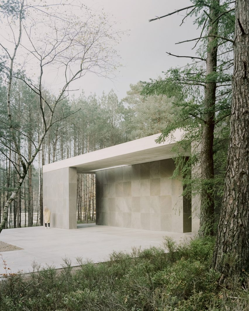 Entrance to Loenen Pavilion by Kaan Architecten