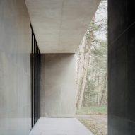 Veranda of Loenen Pavilion by Kaan Architecten