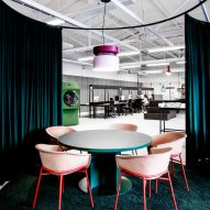 Meeting area in LOQI Activity Office by Studio Aisslinger