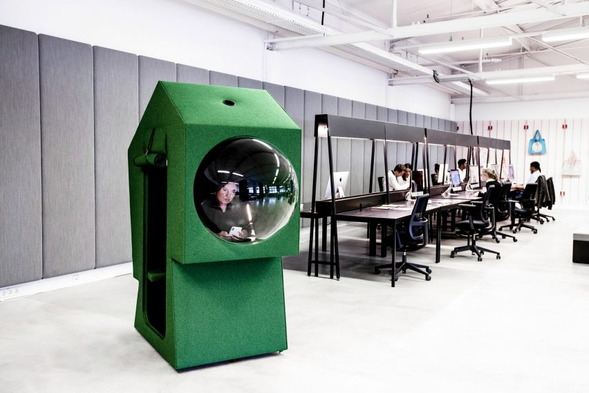 Green work capsule in LOQI Activity Office by Studio Aisslinger