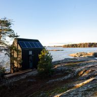 Majamaja off-grid cabin by Pekka Littow