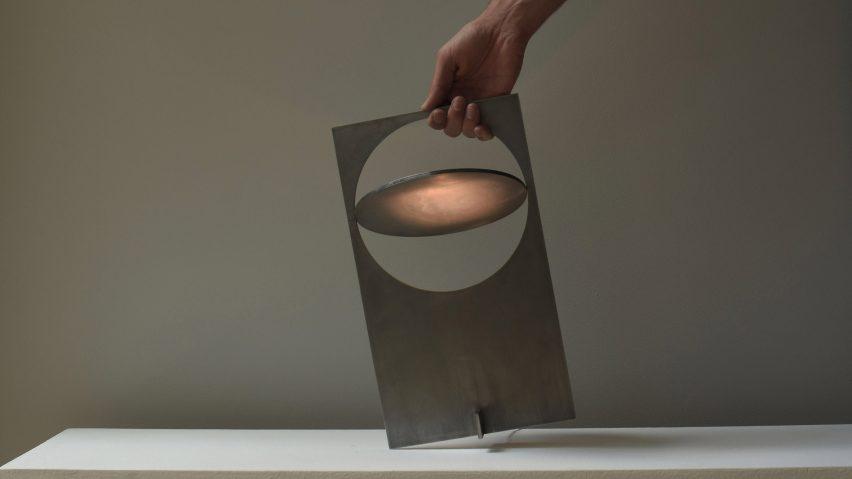 Manu Bañó's OBJ-01 light