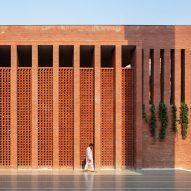 "Shatotto creates brick mosque in Dhaka to ""connect the celestial and terrestrial in a poetic way"""