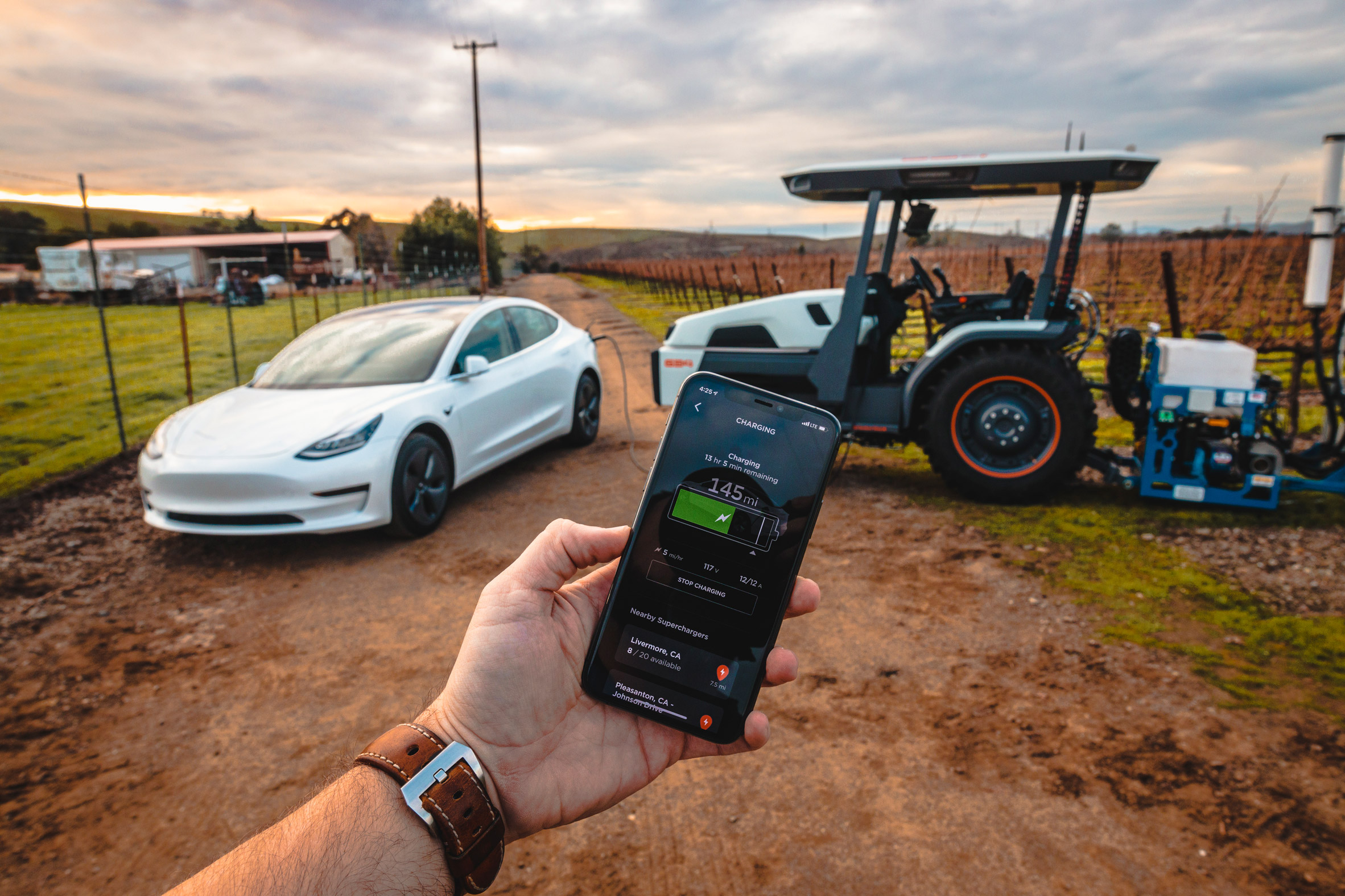The fully electric and autonomous Monarch Tractor can connect to users' smartphone