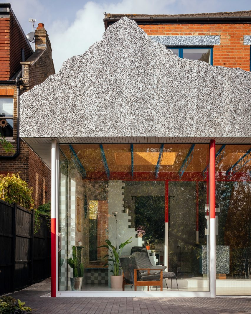 Rear extension of Mountain View by CAN Architecture