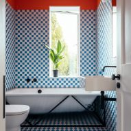 Family bathroom in Mountain View by CAN Architecture