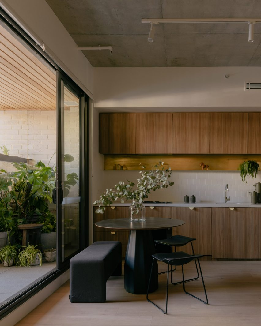 Kitchens of Napier Street apartments by Freadman White