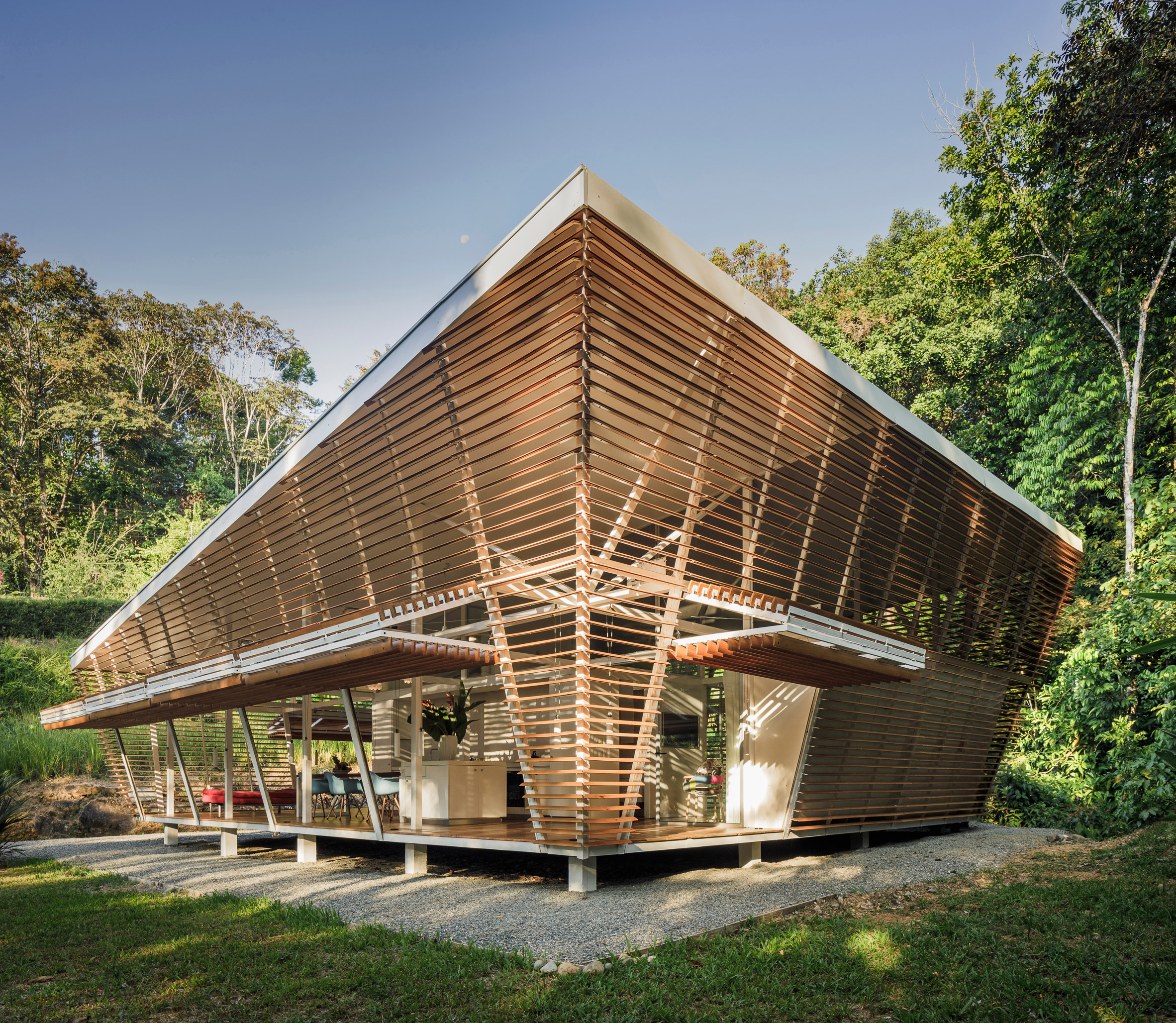 No Footprint house by A-01