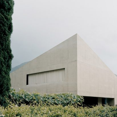 The concrete exterior of Pyramid House in Switzerland by DF_DC