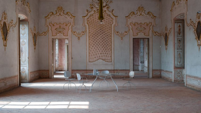 Sempione table by Raffaella Mangiarotti for IOC Project Partners