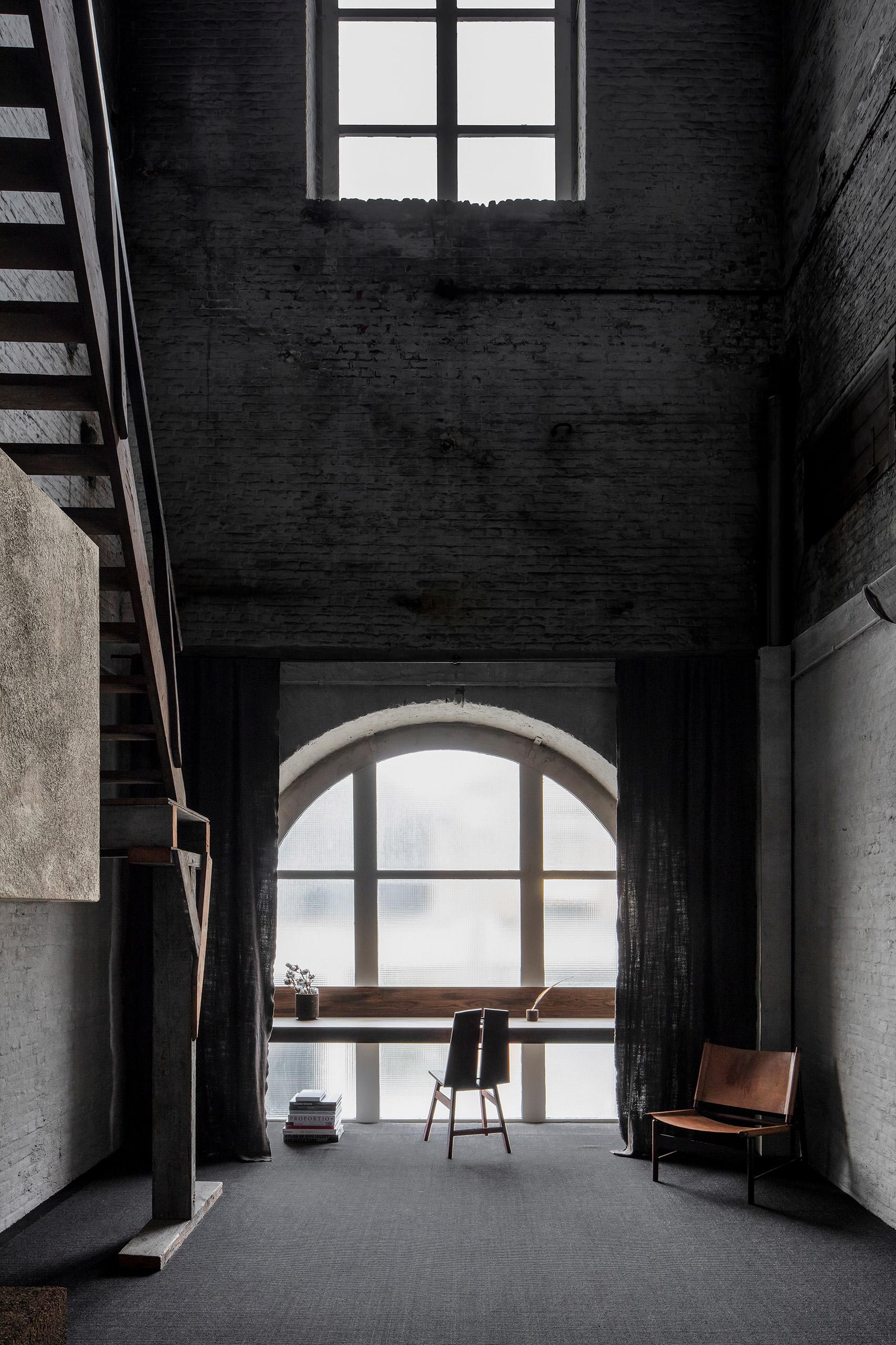 Still Room in Antwerp is a silent refuge