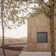 The cork-clad exterior of The House of Wood, Straw and Cork by LCA Architetti