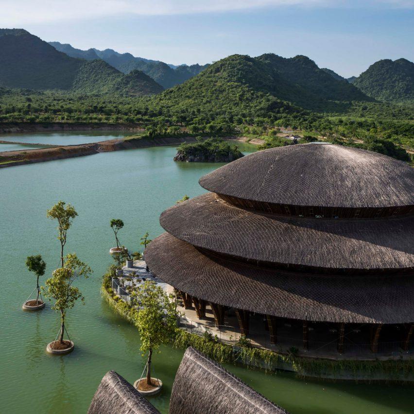 Ресторан Vedana от Vo Trong Nghia Architects