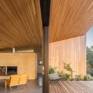 Ash ceiling in Willunga House by Reuben French-Kennedy