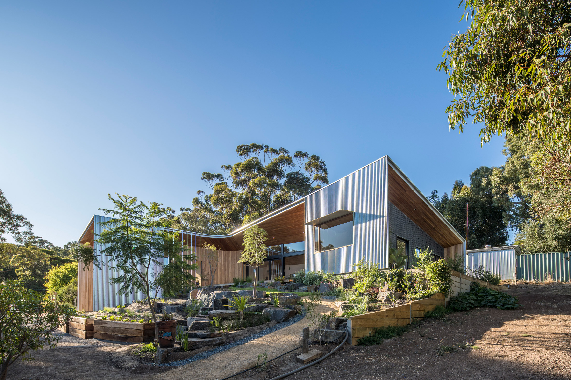 Exterior and garden of Willunga House by Reuben French-Kennedy