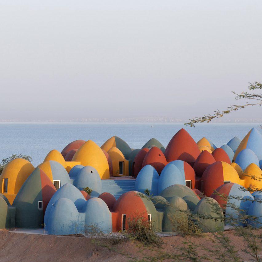 Presence in Hormuz holiday homesinIran