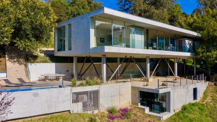 Gerhard Heusch's underground concrete office for Beverly Hills Oak Pass Residence