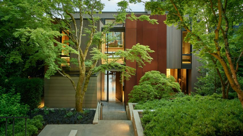 An outside view of Lakeside Residence by Graham Baba Architects