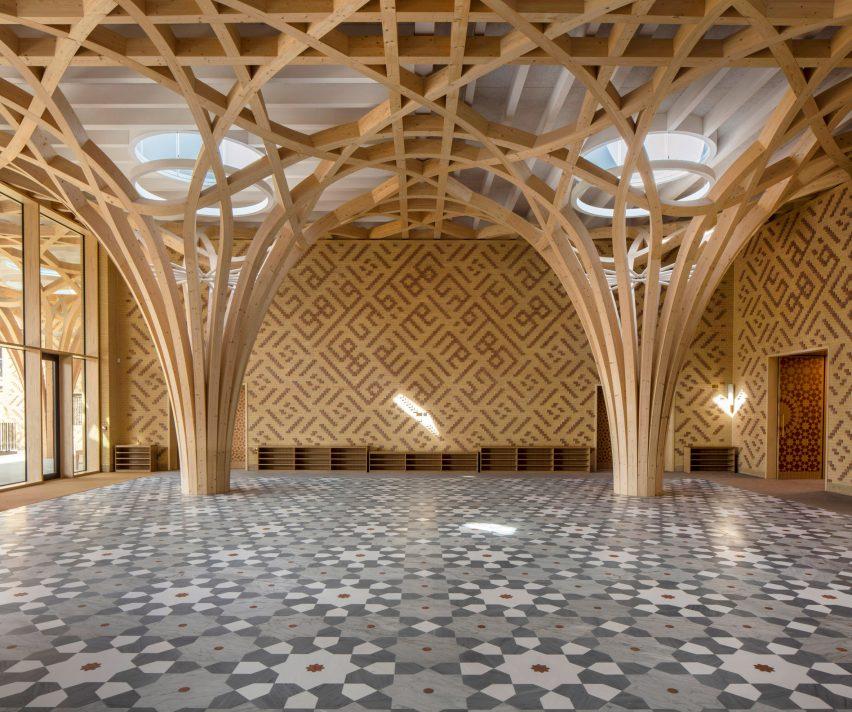 Geometric patterns inside mosque