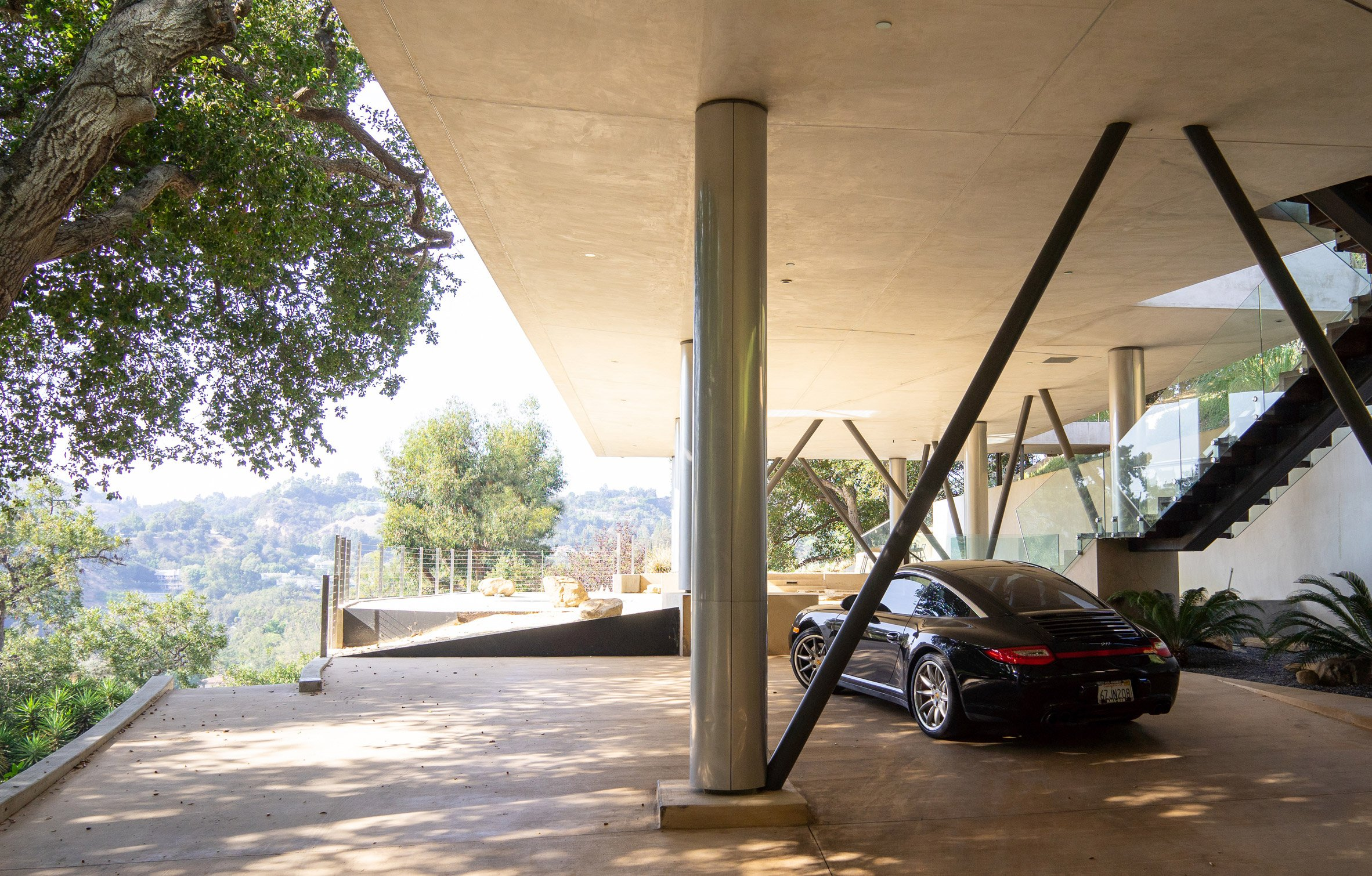 Parking space of Gerhard Heusch's Oak Pass Residence