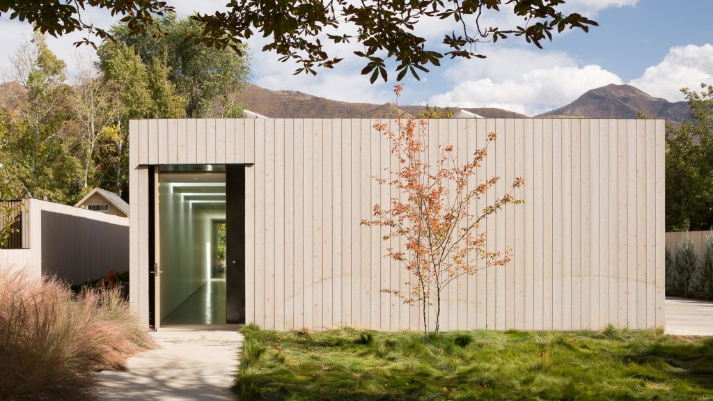 Opaque facades hide interior courtyard of Host House in Utah
