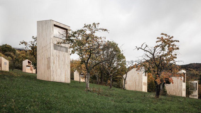 Tree cabins at 48°Nord hotel in Breitenbach by Reiulf Ramstad Arkitekter
