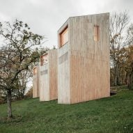 Fourteen hillside cabins form Reiulf Ramstad-designed hotel 48°Nord