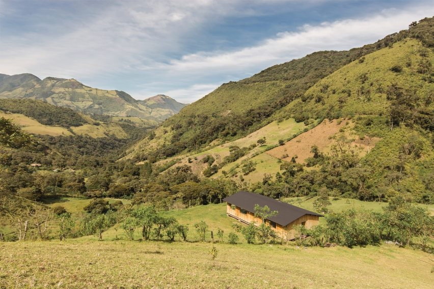 Casa Ocal viewed in the mountains